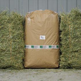 Osta tästä laadukasta heinää kaneille ja jyrsijöille 7kg:n pakkauksessa