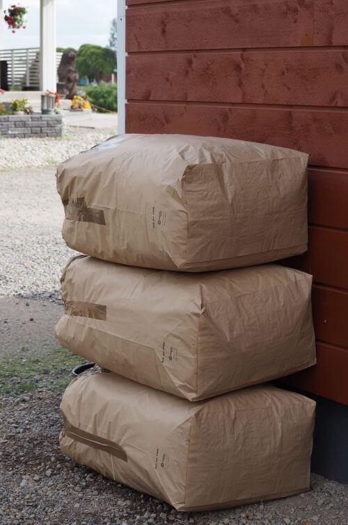 Osta tästä heinää kaneille ja jyrsijöille 7kg:n pakkauksessa